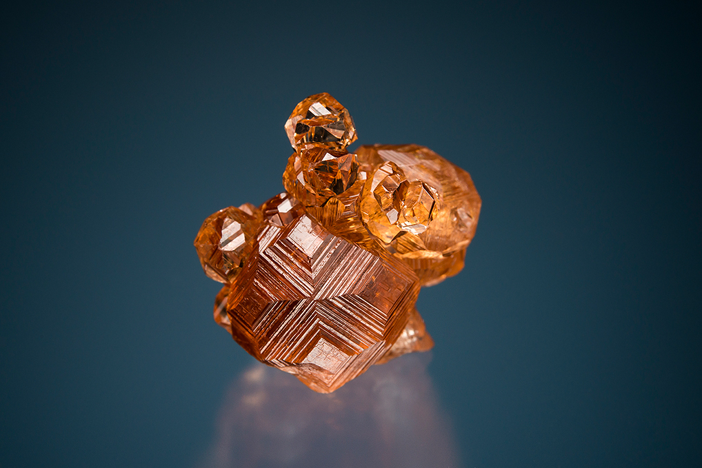 GROSSULAR var. Hessonite