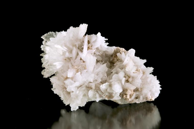 HYDROBORACITE on COLEMANITE