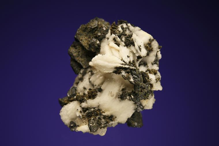POLYBASITE on BARITE