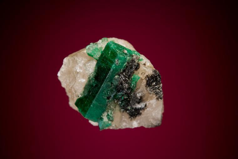 BERYL var. Emerald