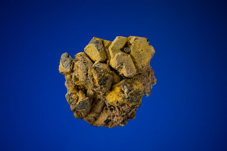 WULFENITE and HEMIMORPHITE on GALENA