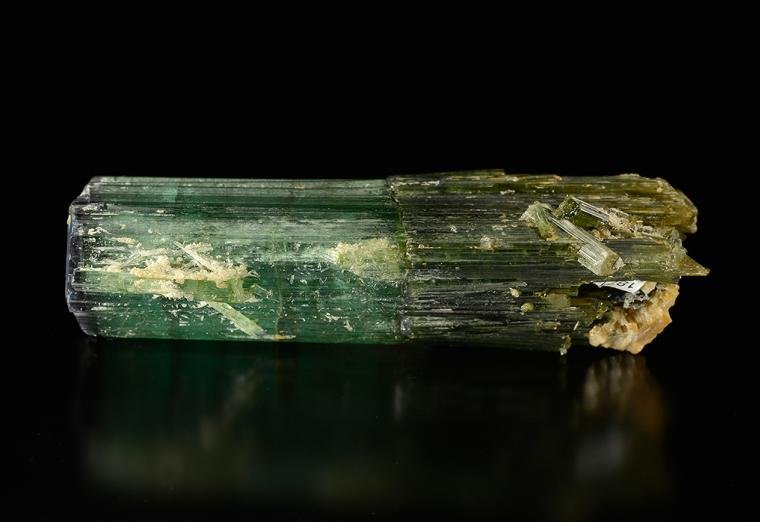 ELBAITE (repaired)