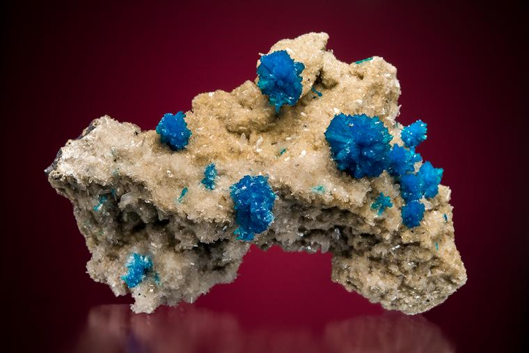 CAVANSITE on STILBITE