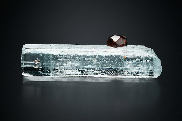 SPESSARTINE on BERYL var. Aquamarine